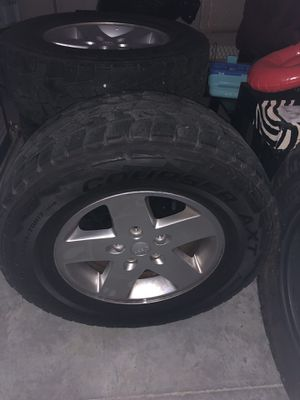 Jeep Wrangler wheels and tires for Sale in Knoxville, TN