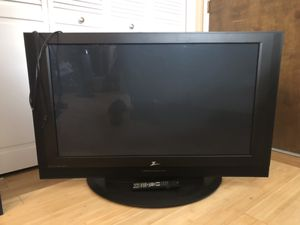 """44"""" flatscreen tv for Sale in Modesto, CA"""