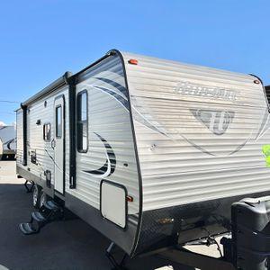 2017 Keystone hideout 26ft Travel trailer Sleeps 10 for Sale in Apache Junction, AZ