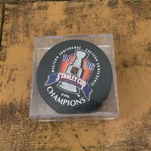 1996 NHL Stanley Cup Championship - Colorado Avalanche Puck With Case for Sale in Aurora, CO