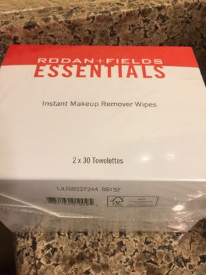 R+F Rodan Fields Instant Makeup Remover Wipes for Sale in Las Vegas, NV