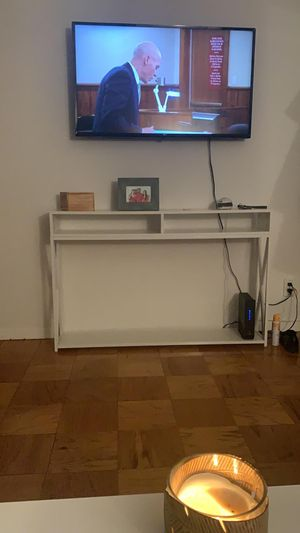 Console table (White) for Sale in New York, NY