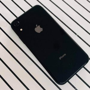 iPhone XR (64 GB) Desbloqueado Con Garantià for Sale in Somerville, MA