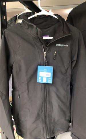 Patagonia alpine guide jacket women's size medium for Sale in Oak Park, MI