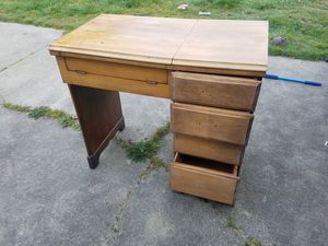 Antique Sewing Table for Sale in Milton, WA