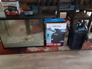 Saltwater aquarium and tin filter for Sale in Roman Forest, TX