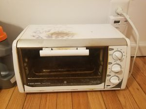Black and Decker Toaster Oven for Sale in Bethesda, MD