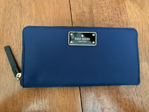 Kate Spade Large Wallet for Sale in Alexandria, VA