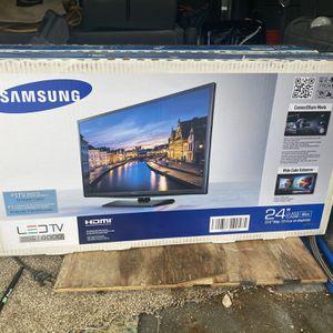 Samsung 24 Inch led TV for Sale in Philadelphia, PA