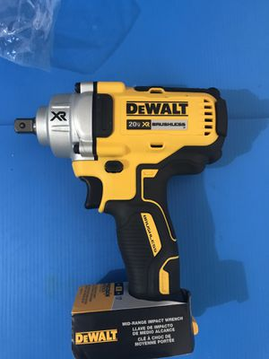 DEWALT 20-Volt MAX XR Lithium-Ion Cordless Brushless 1/2 in. Impact Wrench with Detent Pin Anvil ( Tool Only ) for Sale in Phoenix, AZ