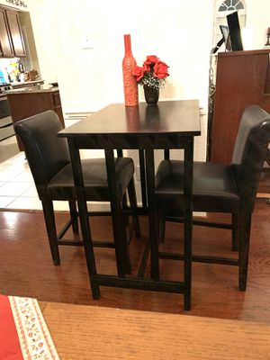 Bar Height Table with Chairs! for Sale in Chesapeake, VA
