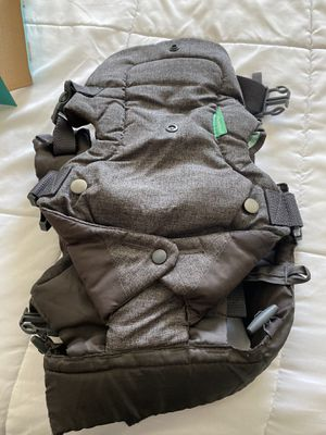 Baby carrier for Sale in Humble, TX