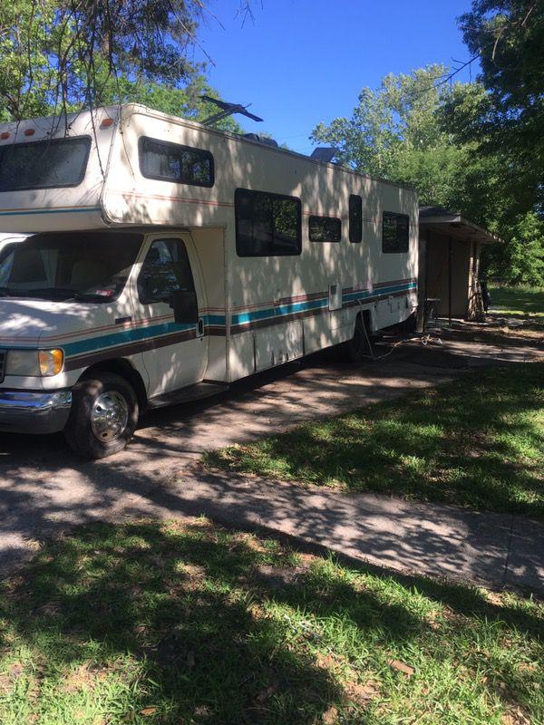 For sale 1994jamboree RV 70.000 miles 8.000