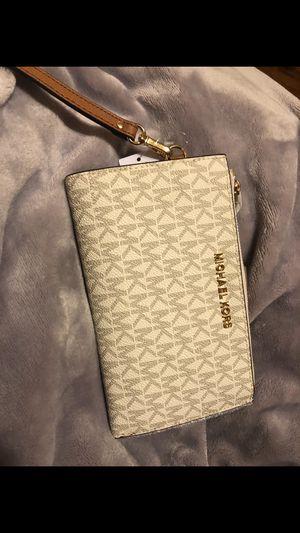 MK wallet (new) $80 for Sale in Stockton, CA