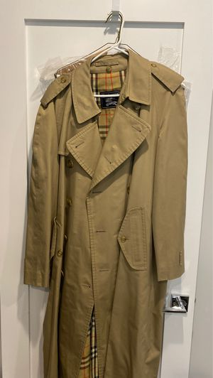 Men's Burberry 44R Trench Coat with Liner for Sale in Boston, MA