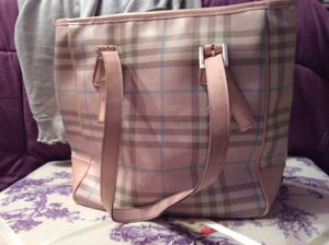 Burberry bag for Sale in Paramus, NJ