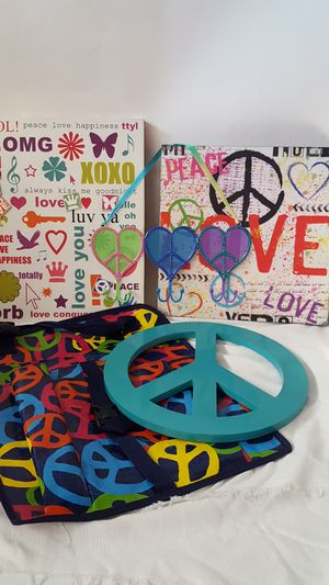 Lot of peace sign decor for Sale in Fremont, CA