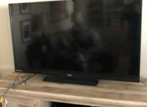 55 inch TV Sanyo for Sale in Brooklyn, OH