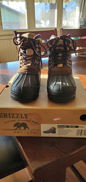 Youth Size 3 Waterproof Boots for Sale in Glendora, CA