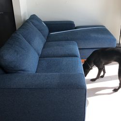 Royal Navy Blue Couch With Chaise Great Condition 8 Months Old for Sale in Chicago,  IL