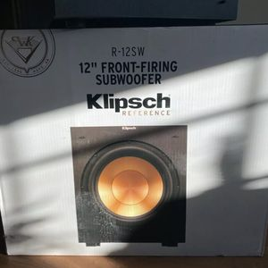 New Klipsch R-12SW 12-Inch Front Firing 400-Watt Max Powered Subwoofer for Sale in Coopersburg, PA