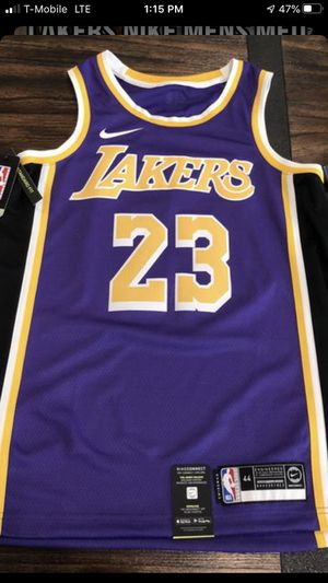 Lebron James Jersey for Sale in Montebello, CA