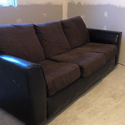 Free Sofa for Sale in Caldwell,  ID