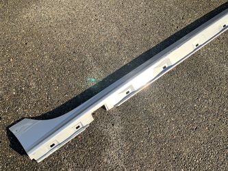 2012-2014 Audi A7 Right Rocker Molding - Side skirt for Sale in Vancouver,  WA