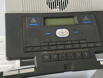 Treadmill NordicTrack A2105 for Sale in Waldorf,  MD