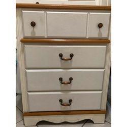 4 Drawer Dresser for Sale in Orange,  CA
