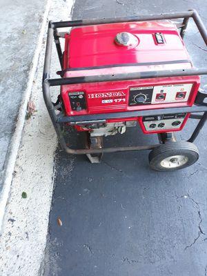Generator welder Honda ew171 with lead cables for Sale in Pompano Beach, FL