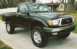 TOYOTA TACOMA 01 amazing work truck RUN LIKE BRAND NEW for Sale in Baltimore, MD