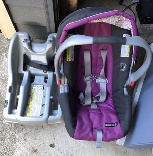 Graco Stroller + Car Seat for Sale in Renton, WA
