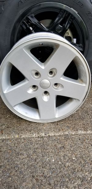 "17"" Aluminum Jeep Wrangler Wheels for Sale in Brentwood, TN"