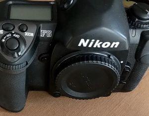Nikon F6 (film camera - not digital) for Sale in Bellerose, NY