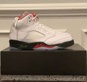Jordan 5 Retro Fire Red Silver Tongue 2020 size 9 for Sale in Chantilly, VA