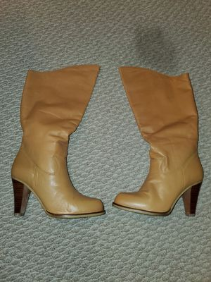 Ladys Tan Boots for Sale in Philadelphia, PA