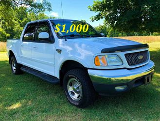 🟢💲1,OOO I m selling URGENTLY this Beautiful💚2OO2 Ford F15O nice Family truck XLT Super Crew Cab 4-Door Runs and drives very smoothly)(()💪🟢 for Sale in Arlington,  VA