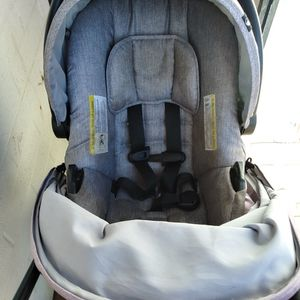 Car seat And Stroller for Sale in Surprise, AZ