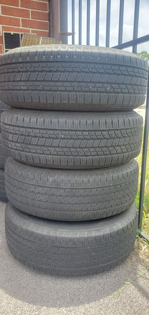 Honda Pilot wheels ( Tires & Rims ) great condition %80 tread left on them for Sale in Houston, TX