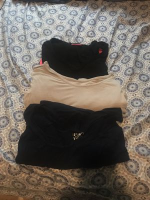 3 long sleeve maternity shirts size XL for Sale in Milwaukee, WI