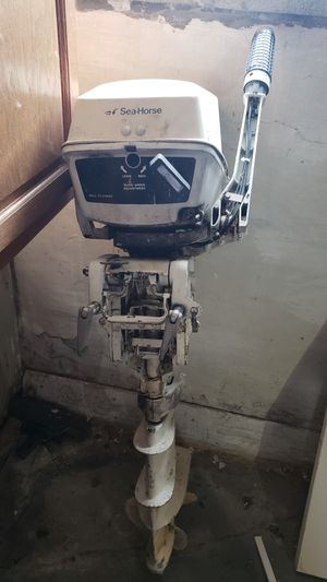 Johnson 7.5 outboard motor for Sale in Fort Erie, ON