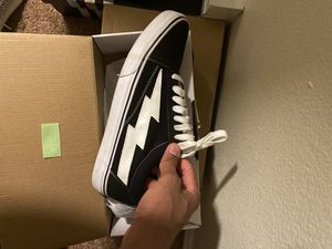 Revenge x storm vans size 12 for Sale in Federal Way, WA