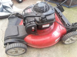 """Yardmachines 21"""" Self-propelled Mower for Sale in Cleveland, OH"""
