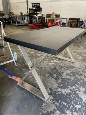 "Table for display w32"" L66"" hight 35"" for Sale in Chula Vista, CA"