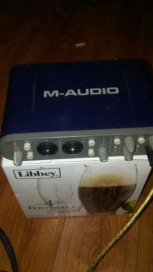 Fast back pro 4*4 MA-audio for Sale in Rockford, IL