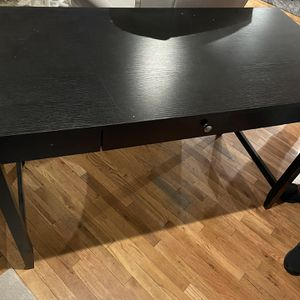 Free Black Table for Sale in Redwood City, CA