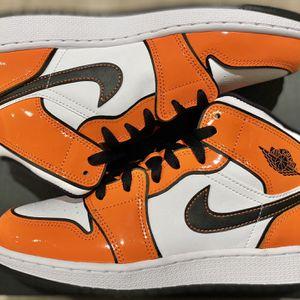 Jordan 1 Mid Orange Turf 6 Y Grade School for Sale in Los Angeles, CA