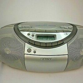 Sony CFD-S350 CD/Headphone Jack/Radio/CD-R Playback/Cassette Player Boombox for Sale in Houston, TX