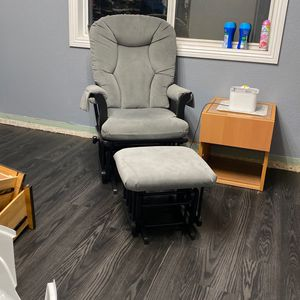 Dutalier Glider + Ottoman Rocking and Nursing Chair for Sale in Rialto, CA